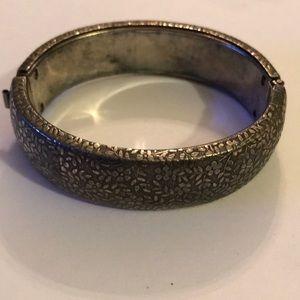 Vintage engraved silver bracelet